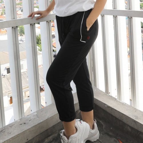 BLC Wmn Checked Jogger Pants