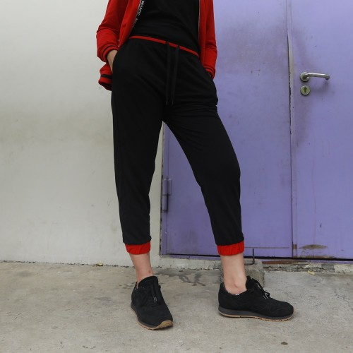 BLC Woman Red-Cuff Jogger Pants